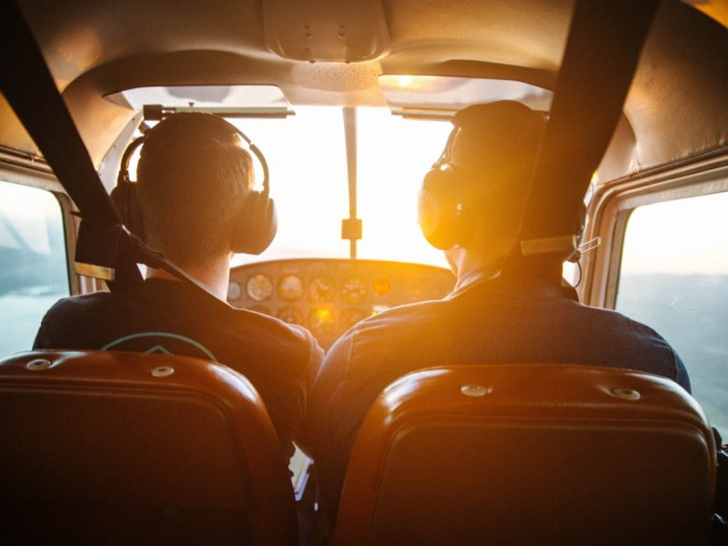 Como ser piloto de avião?