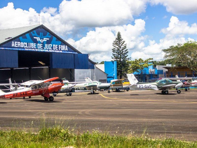 Pilotar em aeronaves distintas é o diferencial na instrução do Aeroclube de Juiz de Fora