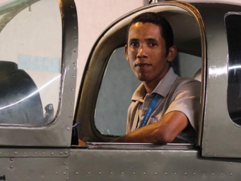 De pedreiro a piloto, aluno do Aeroclube de Juiz de Fora realiza seu sonho de voar