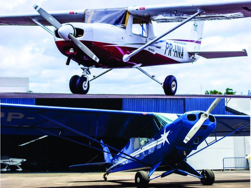 Aeroclube de Juiz de Fora oferece promoções com as aeronaves Paulistinha e Cessna