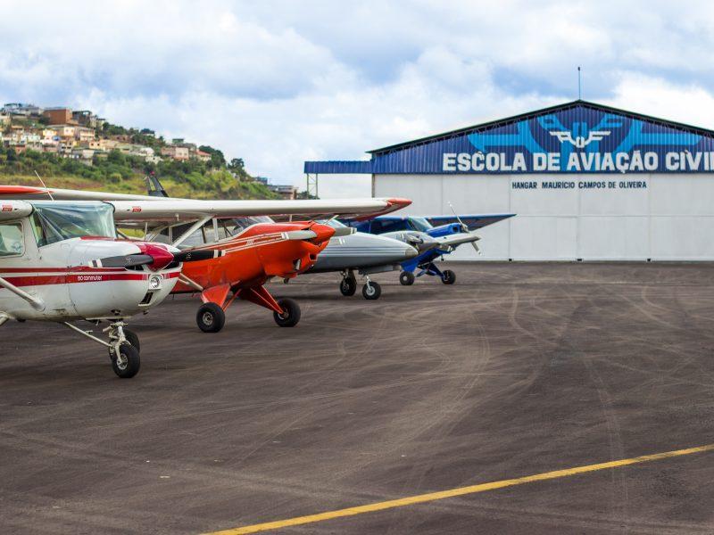 Hangares