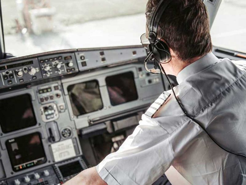 Como a pandemia impactou as escolas de aviação e futuros pilotos