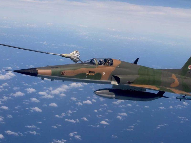 Piloto de caça: como se tornar um Top Gun brasileiro